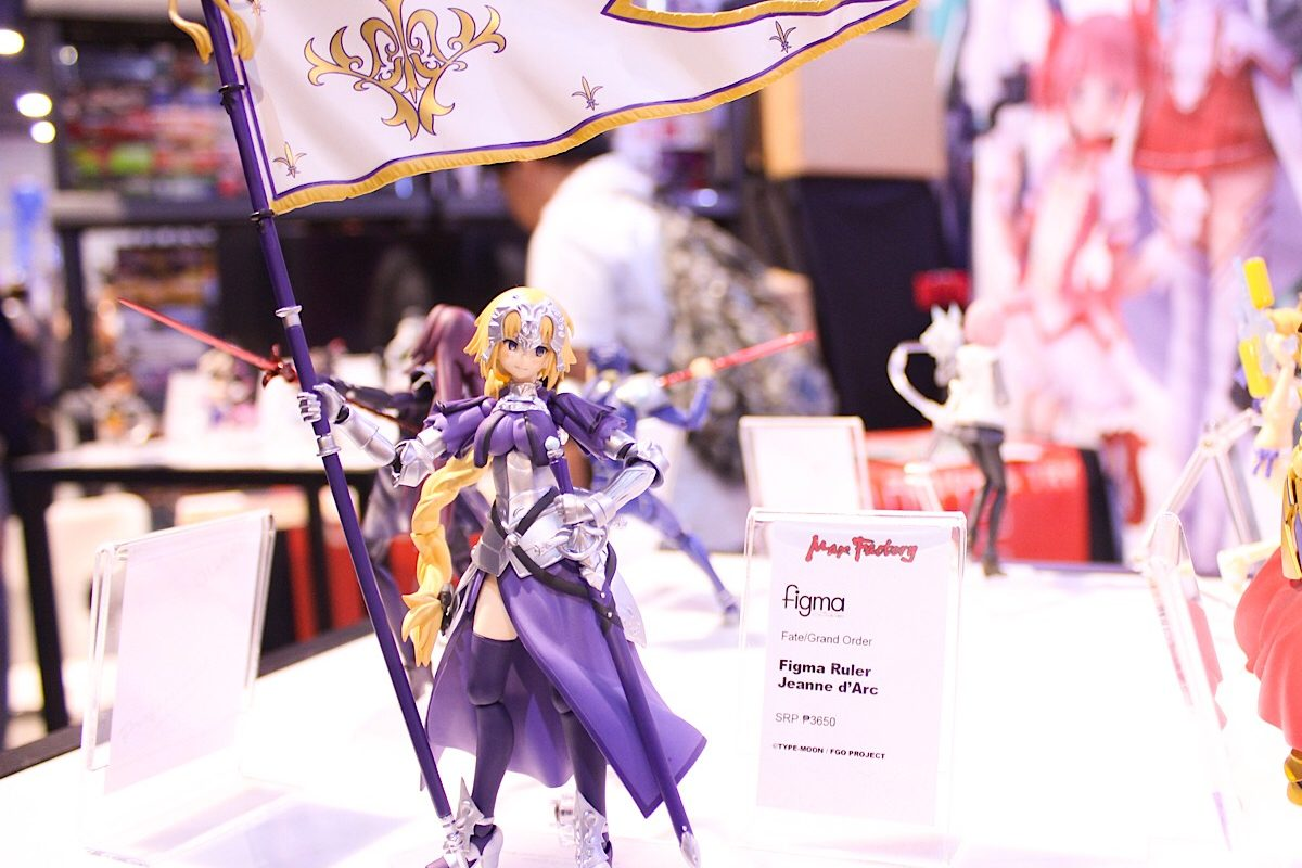 Saber figure at Good Smile Company's Cosplay Mania Booth