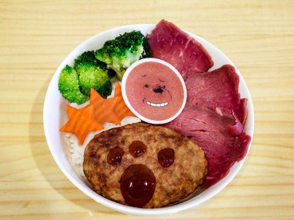 Grizz's hamburger and roast beef bowl at Harajuku Collaboration Cafe