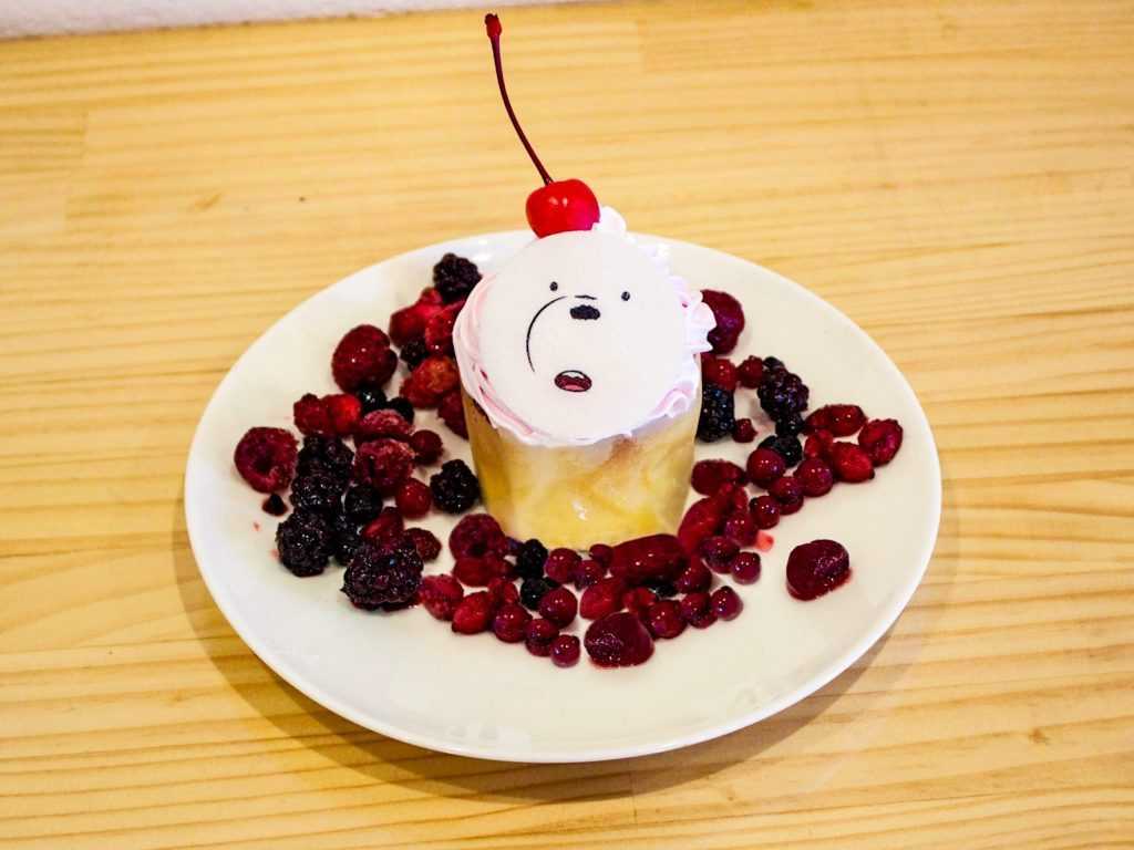 Ice Bear cupcake from We Bare Bears for the Harajuku Collaboration Cafe